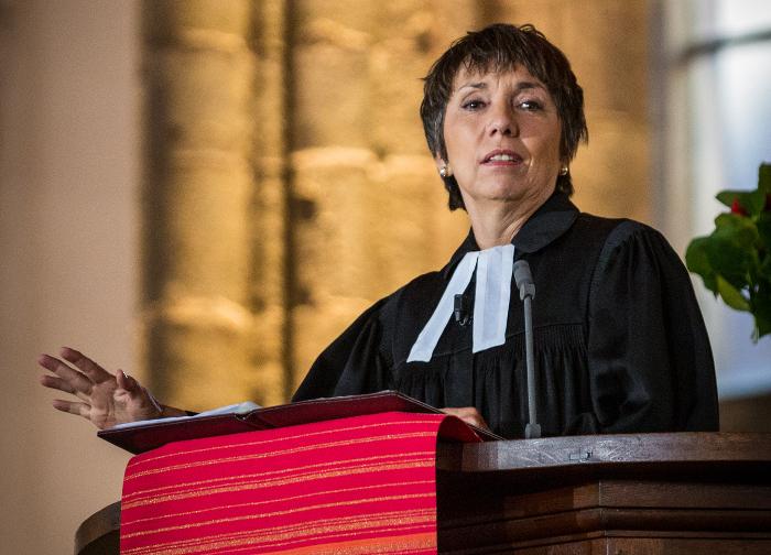 Die Theologin Margot Käßmann bei einer Predigt.