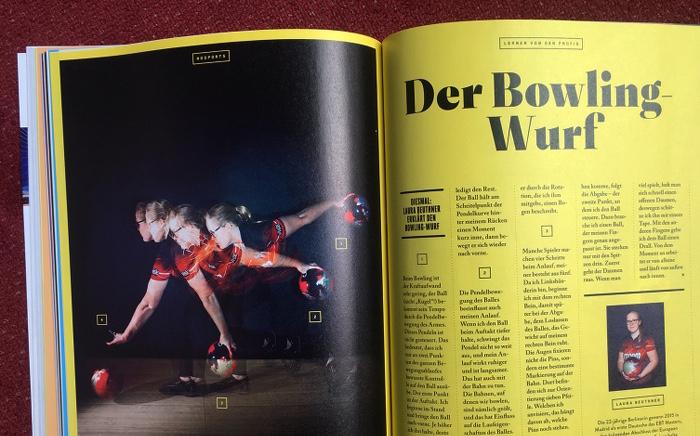 """Doppelseite aus dem Magazin """"No Sports"""" mit der Überschrift: """"Der Bowling-Wurf"""" und einem Foto, das einen solchen Wurf in verschiedenen Etappen zeigt."""
