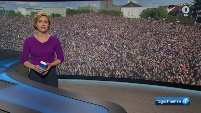 Top-Meldung: Fußball-Feier in Reykjavik