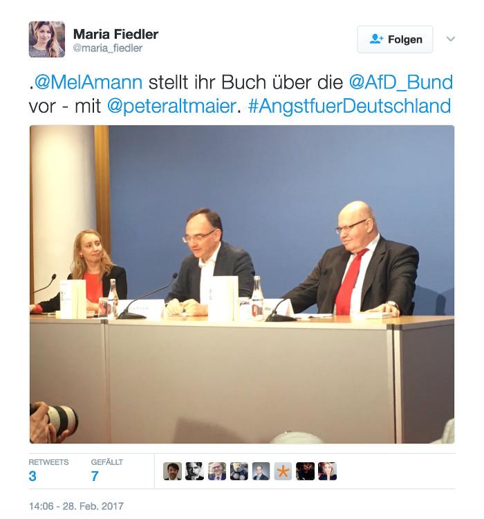 """Tweet von @maria_fiedler: """".@MelAmann stellt ihr Buch über die @AfD_Bund vor - mit @peteraltmaier. #AngstfuerDeutschland"""""""