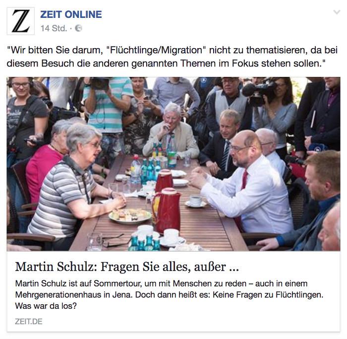 """Zu sehen ist ein Foto von Martin Schulz, der am Tisch sitzt und dort mit Bewohnern eines Mehrgenerationenhauses diskutiert. Drunter steht: """"Martin Schulz: Fragen Sie alles, aber..."""""""