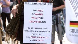 """Screenshot aus der ARD-Sendung """"Bericht aus Berlin"""" zu Corona-Demos"""