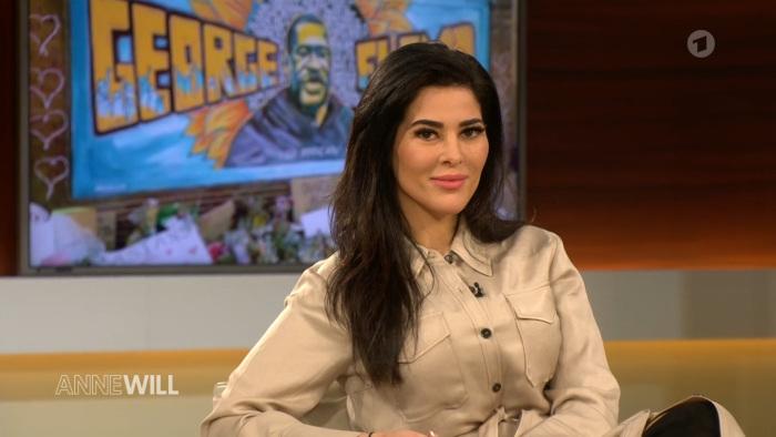Übermedien-Autorin Samira El Ouassil bei Anne Will