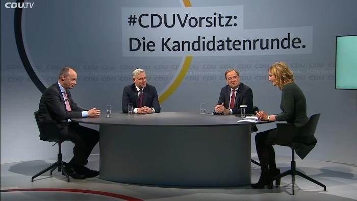 Die Kandidaten um den Parteivorsitz der CDU, Merz, Röttgen und Laschet, in einer Diskussionsrunde