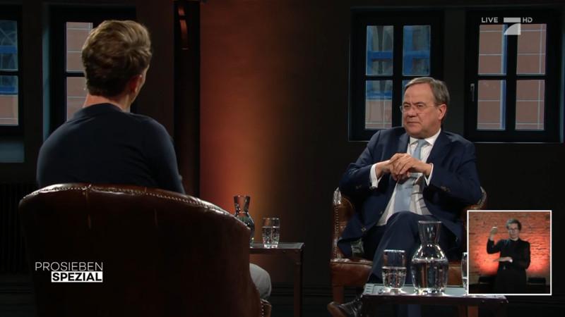 Armin Laschet im Gespräch mit Louis Klamroth