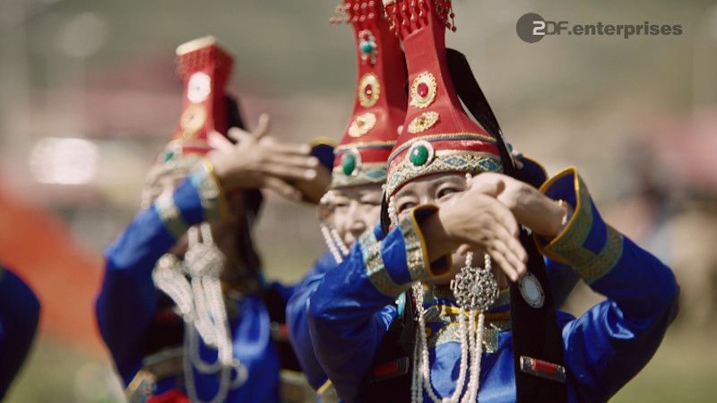 "Szene aus dem Trailer zu ""Chinas geheimnisvolle Landschaften - Xinjiang: Eine moderne Oase"""