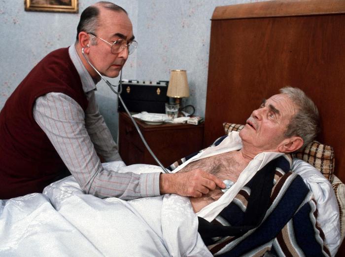 Doktor Dressler in der achten Folge der Lindenstraße 1986