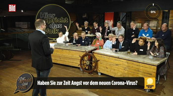 Bild-Chef Julian Reichelt diskutiert mit Publikum